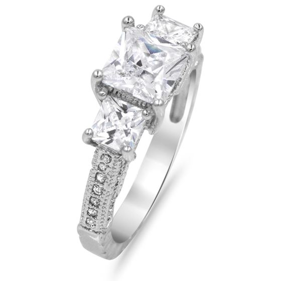 princess cut three stones engagement ring